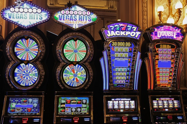 A Guide to Deal a Blackjack Game for Dealers