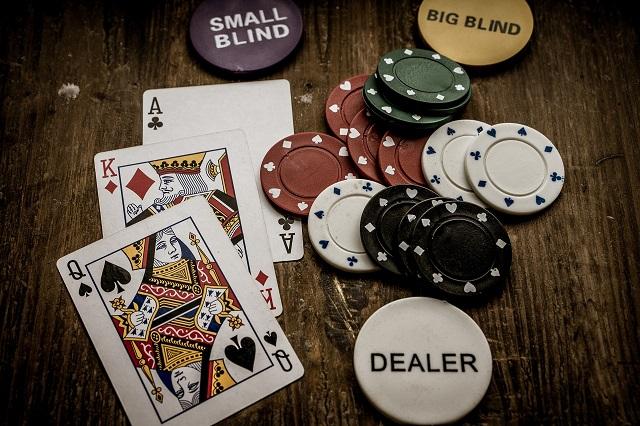 4 Must Build Career in the Casino